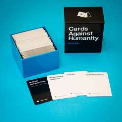 Cards against Humanity - Blue box Expansion (2)